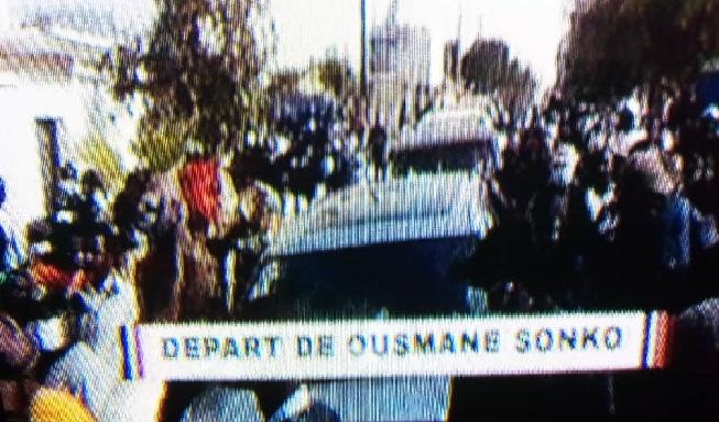 Ousmane Sonko en route vers le tribunal: Keur Gorgui refuse du monde, les premières grenades lacrymogènes tombent