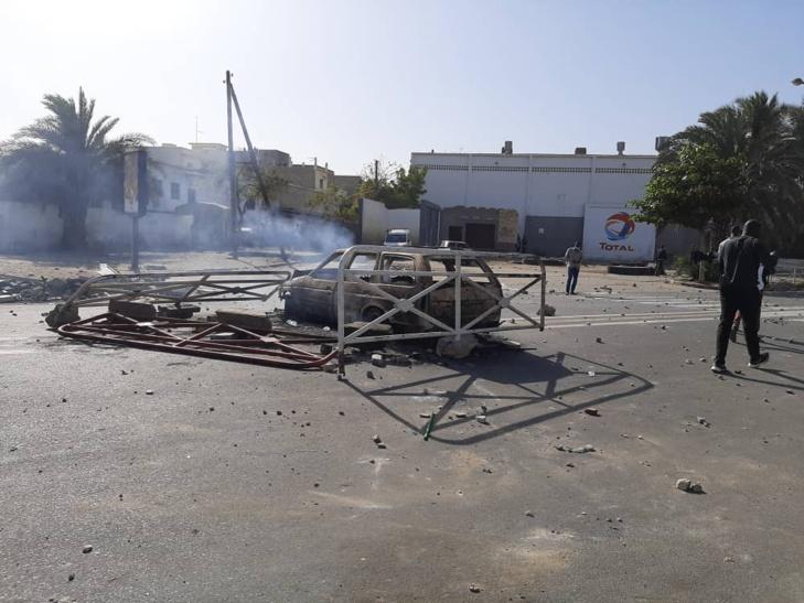 Photos / Affrontements à la Place de l'Obélisque: Les premiers dégâts matériels enregistrés