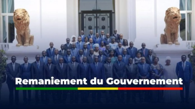 WEEK-END D'ÉMEUTES : LES DÉLOYAUX MINISTRES ET DG « EXILES », RETROUVENT LEURS FOYERS