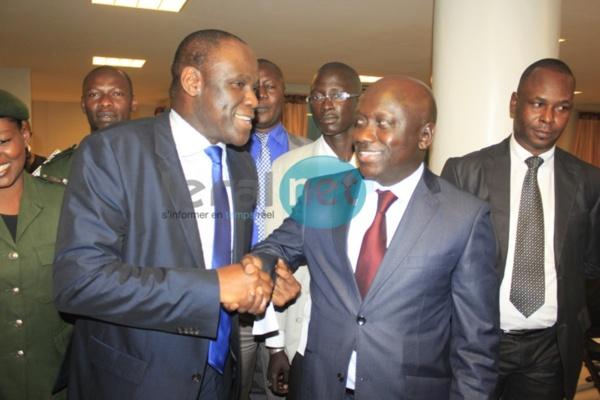 """[Audio+Photos] Ousmane Diagne lors du passage de témoin : """"J'ai été le Procureur de la République et non du gouvernement. Je n'ai aucun regret. Si c'était à refaire, je le referais"""""""