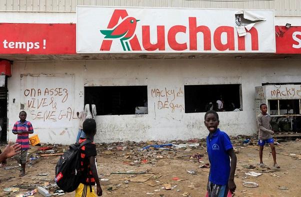 Ousmane Sonko reconnaît et déplore: « Les attaques des magasins Auchan n'étaient pas faites avec des intentions politiques »