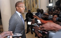 """Abdoul Mbaye décrète la fin de l'époque de """"l'argent facile"""""""