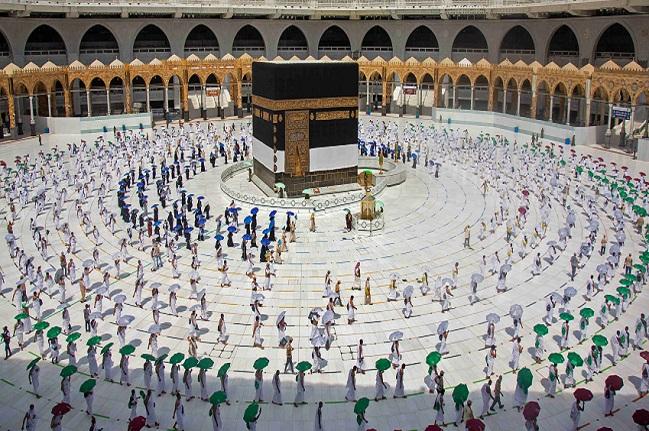 """Nouvelles mesures pour aller à la Mecque: L'Arabie Saoudite """"rajeunit"""" les pèlerins, un manque à gagner pour les voyagistes sénégalais"""