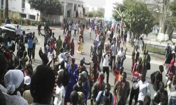 Bagarres entre membres de «Kekendo» et ceux de «Ndef Leng» : les étudiants exigent la dissolution de ces «gangs»