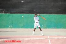 30 millions de francs pour financer une école de tennis