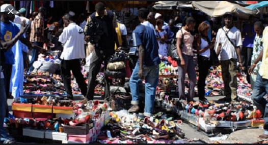 Marchandises: Les résidus de l'Europe et de la Chine envahissent les trottoirs sénégalais