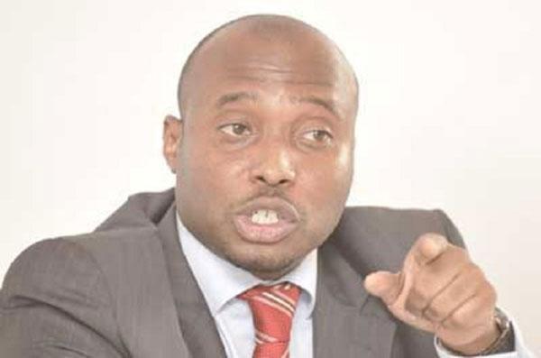 Nouveau report des élections locales: «Une volonté manifeste de Macky Sall pour se maintenir au pouvoir», selon Barthélémy Dias
