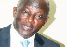 Serigne Mbacké Ndiaye pique une crise à bord de son véhicule!