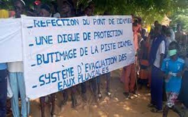 Pont de Diamel à Matam : Les populations dans la rue pour exiger sa réhabilitation