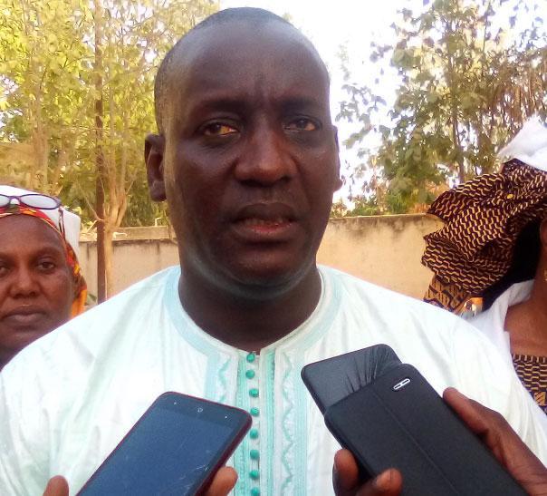 Abdoulaye Fall répond à Déthié Diouf: « C'est lâche de démissionner d'un parti et vouloir conserver son siège à l'Assemblée nationale »