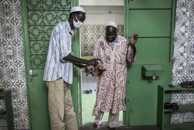 Faible taux de vaccination, sans masque, non respect des gestes barrières : une catastrophe sanitaire n'est pas écartée