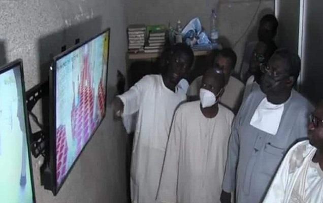 Grande Mosquée de Touba : financées par Abdoulaye Dia Senico, les 78 caméras de surveillance visitées par le khalife des mourides