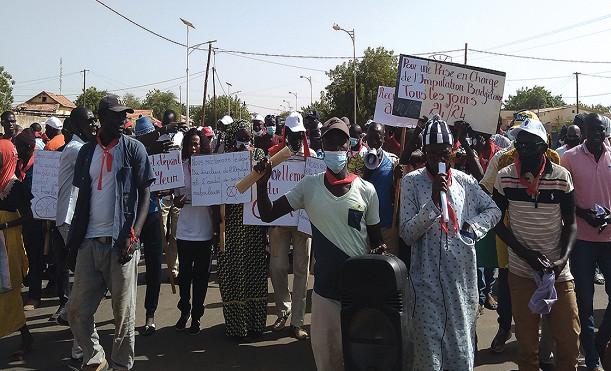 Marche pacifique à Linguère: Le Collectif «Taxawu Djolof» réclame l'audit de la gestion du directeur de l'hôpital Maguette Lô et son départ