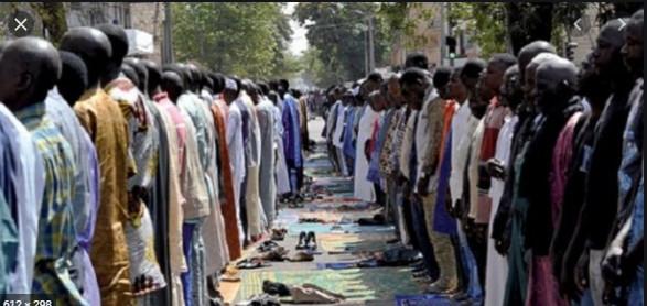 Ramadan: Macky Sall présente ses vœux à la Oumah Islamique
