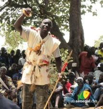 [Audio] Les saltigués recommandent à Macky Sall de faire des offrandes pour régner dans la stabilité