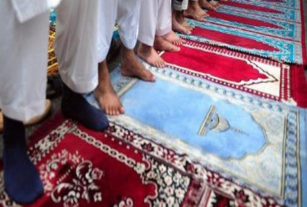 Mois béni du Ramadan: Ça marche fort pour le commerce de tapis de prières !