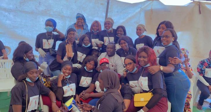 Ramadan 2021 / Distribution de Ndogou au Rond-point « Case Bi »: La Commission féminine du DG de Lonase, Lat Diop, en action