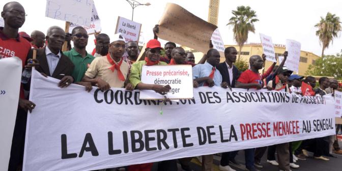 Liberté de la presse: Le Président exhorte à la protection du métier de journaliste et...