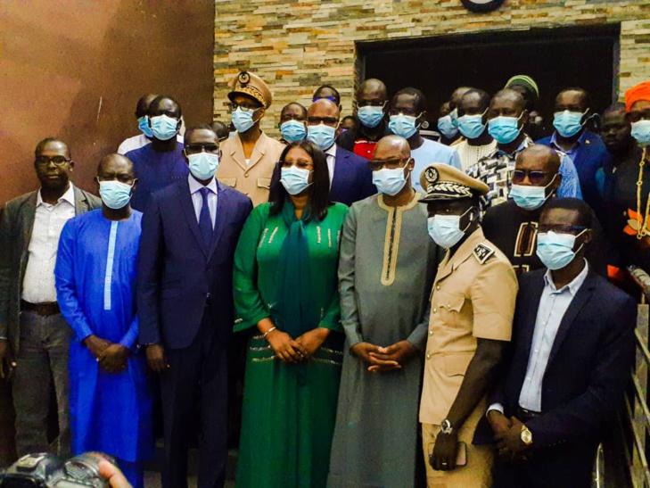 Photos / Administration de proximité: Les maisons Sénégal Services mises à la disposition de l'Etat pour l'entrepreneuriat des jeunes, visitées