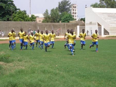 Lancement des travaux d'engazonnement du stade Amadou Barry mercredi