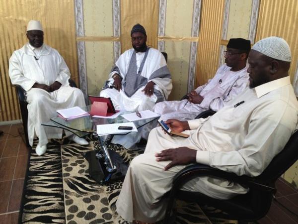 Serigne Cheikhouna sur le plateau Leerlu avec ses invités