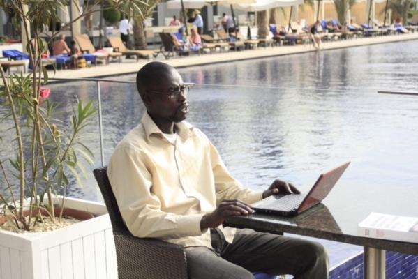 "Avec Vieux Ndiaye, photographe : ""Les photos scandaleuses de Mbathio et de Ndèye Guèye..."""