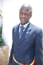 Visite du Docteur Malick Diop dans son ancienne école primaire