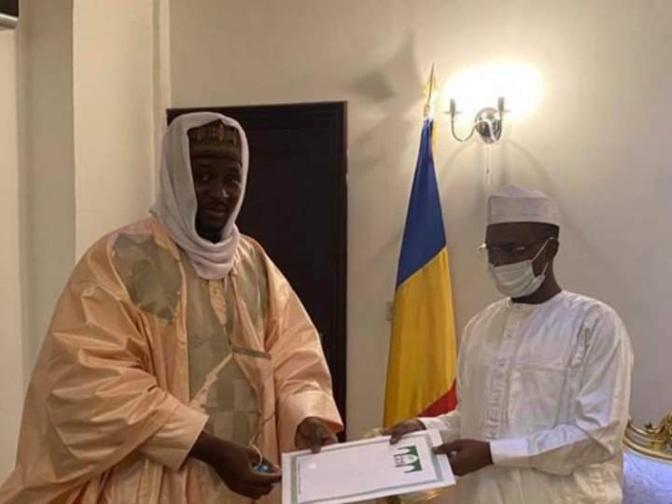Tchad: Le Khalife général Cheikh Mahi Ibrahima Niass présente ses condoléances à Mahamat Idriss Deby