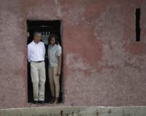 Barack Obama à sa sortie de la Maison des esclaves de Gorée : « Nous avons pu avoir un aperçu de cette véritable barbarie humaine »