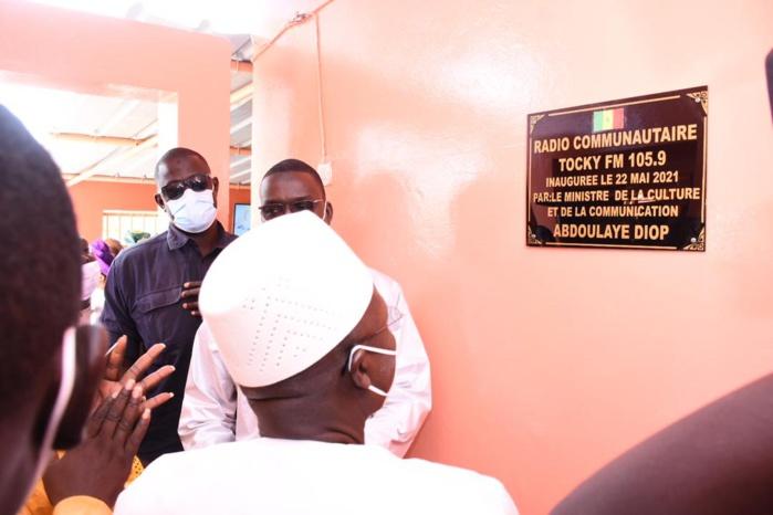 Tocky Gare: Le ministre Oumar Guèye inaugure la radio communautaire et le marché moderne Louma de l 'Émergence