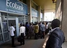 Ziguinchor : Les étudiants bloquent tout accès aux bureaux de Ecobank