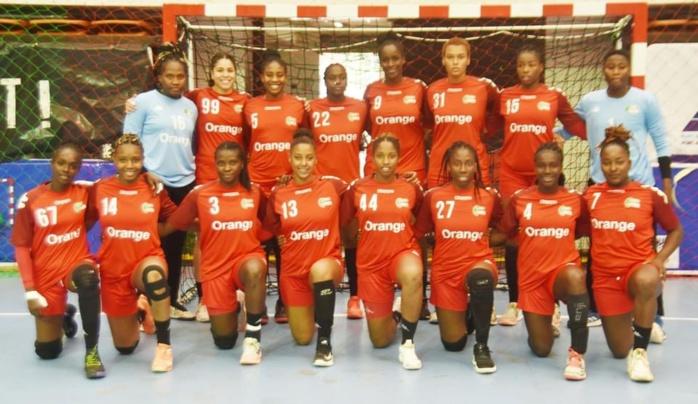 """CAN Handball: Les """"Lionnes"""" dominent (42-16) le Madagascar d'entrée"""