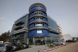 L'immeuble Hyundai situé sur la Vdn, vendu aux enchères