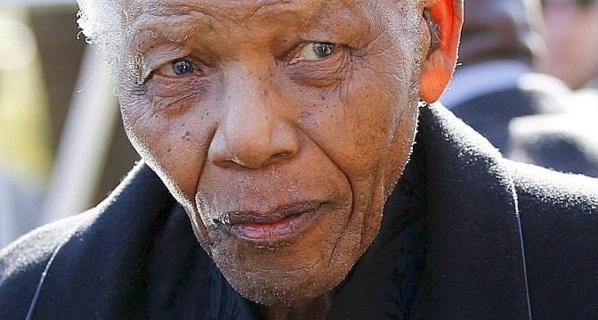 """95 ans de Mandela : l'état de santé de Madiba """"s'améliore régulièrement"""""""