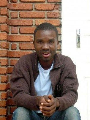 Cameroun: Eric Lembembe un militant gay, brûlé avec un fer à repasser, avant d'être tué