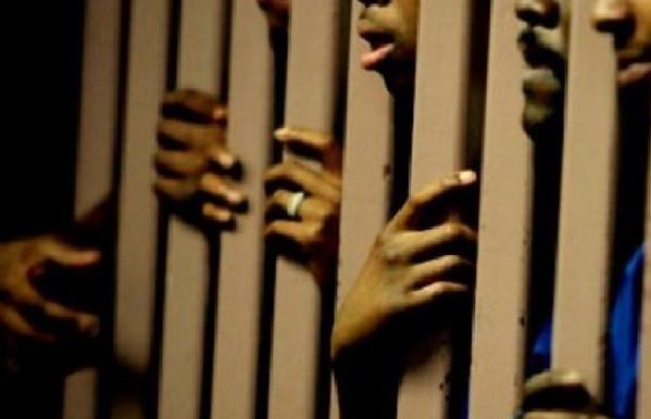 Prisons surpeuplées: Asred dénonce le mutisme du pouvoir sur la situation