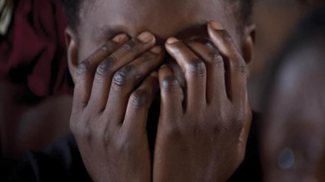 Arriérés de loyer de 1.800.000 FCfa: Une mamy de 65 ans et sa fille tentent de tuer le bailleur avec...