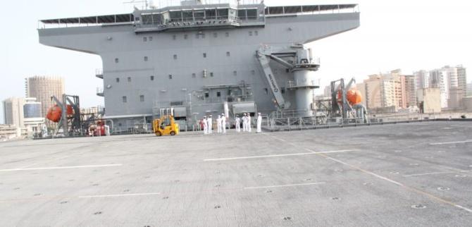 L'Uss Hershell Woody Williams au Port de Dakar: Dans les dédales d'un navire américain