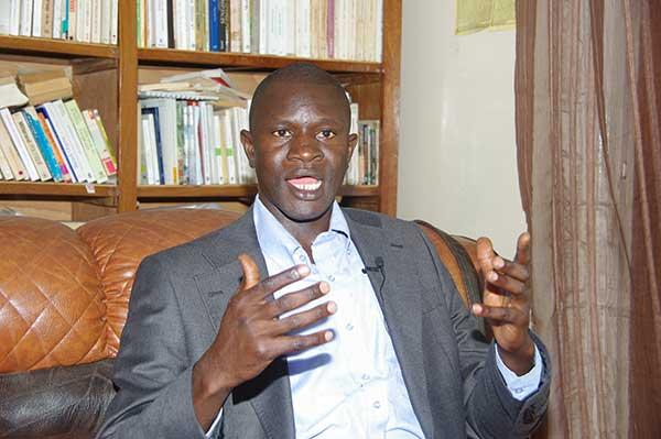 Dessous d'un projet de loi:« Macky Sall est animé par un besoin de vengeance », selon Dr. Babacar Diop