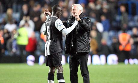 Newcastle : Alan Pardew content de retrouver Papis Cissé
