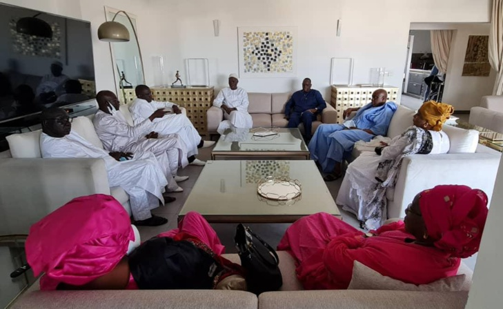 Photos/ Présentation de condoléances: Macky Sall chez Khalifa Ababacar Sall