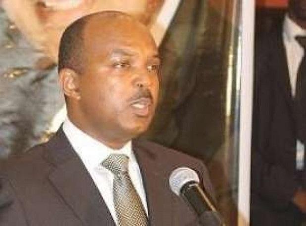 Pour un changement de la Constitution : « il faut refonder une nouvelle République », prône Bruno D'erneville
