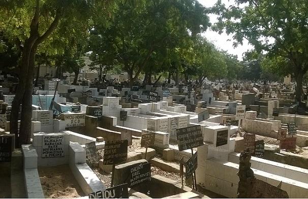 Pikine-le cimetière musulman surpeuplé : les populations manifestent pour son extension