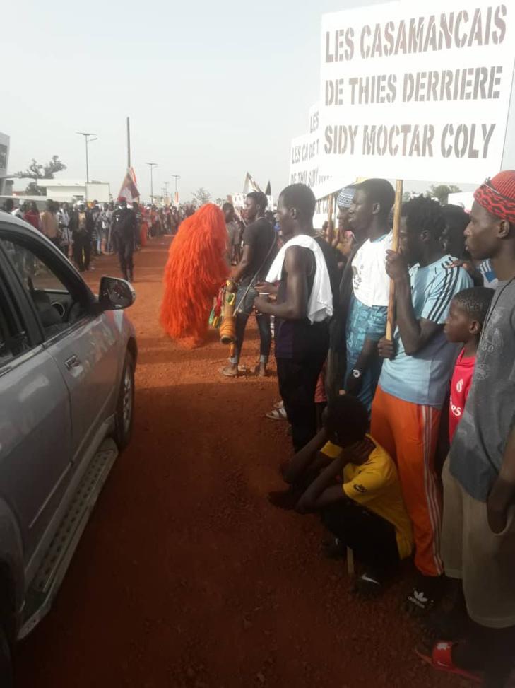 PHOTOS/ Inauguration Isep-Thiès: Les casmancais de Thiès à l'accueil de Macky Sall
