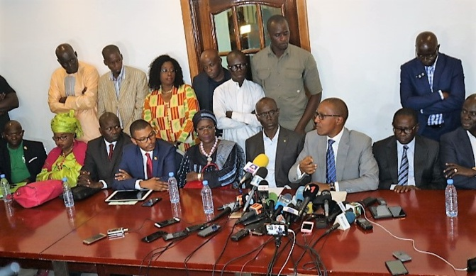 Elections locales: L'opposition divisée