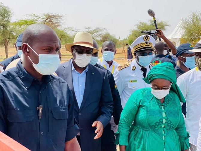 Keur Momar Sarr : le Président de la République Macky Sall visite la ferme d'impulsions Sopela.