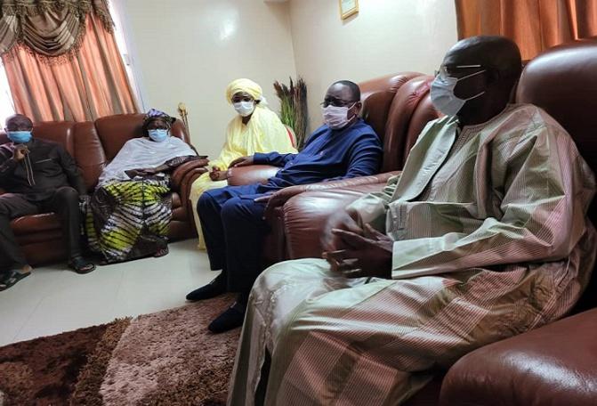 Condoléances : Macky Sall, le chef de l'Etat, s'est rendu chez le ministre d'état, Augustin Tine