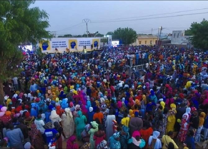 Gueum Sa Bopp à Mbacké : Bougane Gueye réussit le pari de la mobilisation et défie Macky Sall