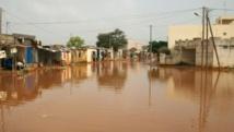 Macky Sall visite les zones inondables de la banlieue dakaroise, vendredi