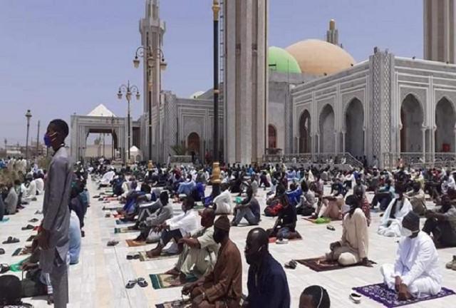 Religion: Serigne Mountakha recommande une journée de lecture collective du saint coran et de prières à Massalikul Jinaan, ce Lundi
